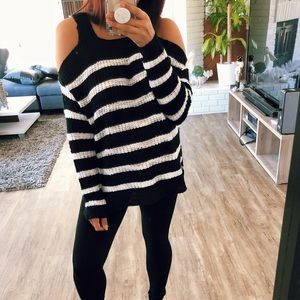 Sweaters - OTS Knit top -LAST1